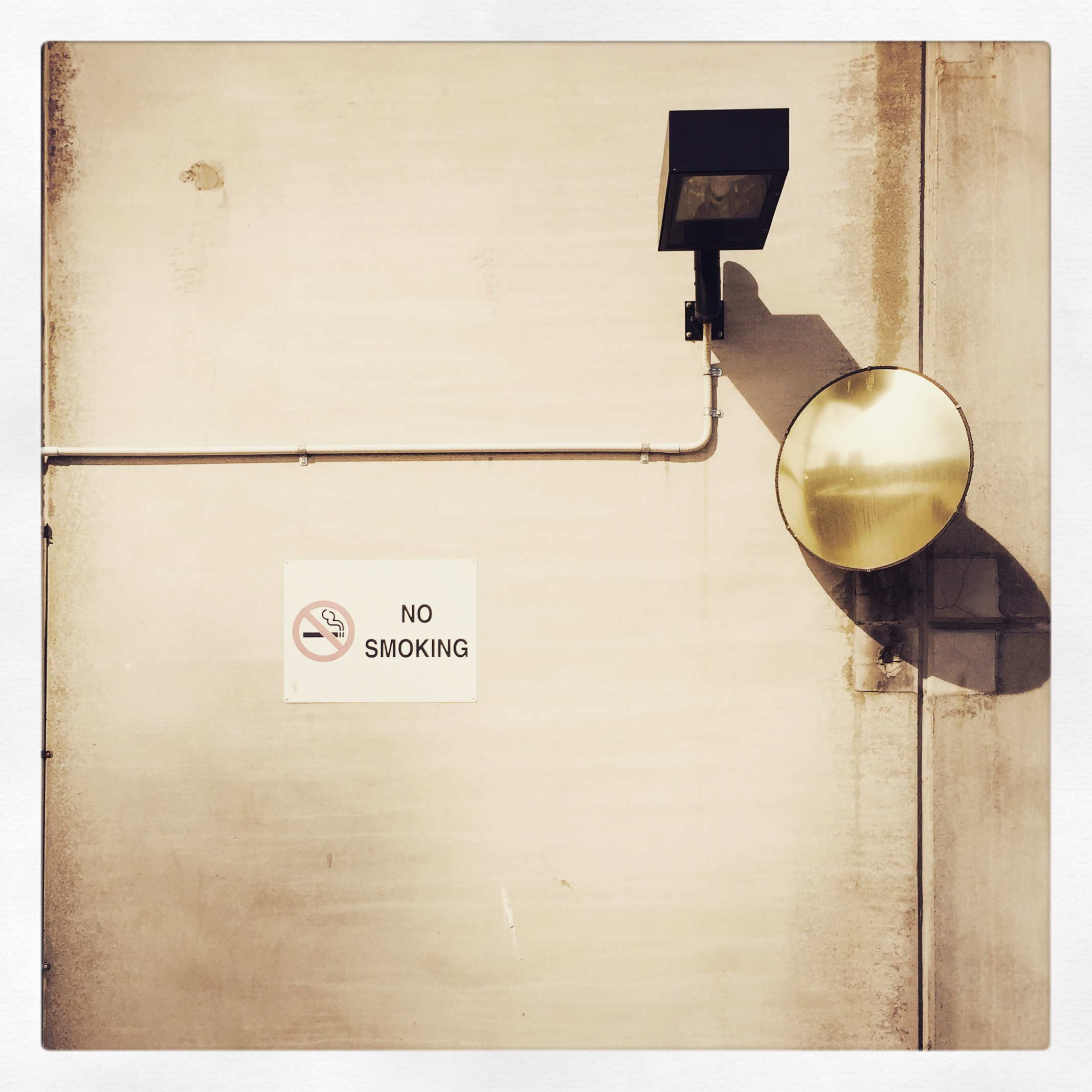 Day 1823. a light, a mirror and a sign…